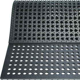 BELMONDO Flix perforated rubber flooring for soil stabilisation around horse stables