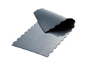 BELMONDO Horsewalker - tailor-made rubber flooring for horsewalkers